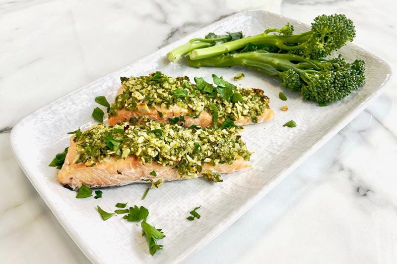 SWIISH-12-MINUTE-OLIVE-AND-ALMOND-CRUSTED-SALMON